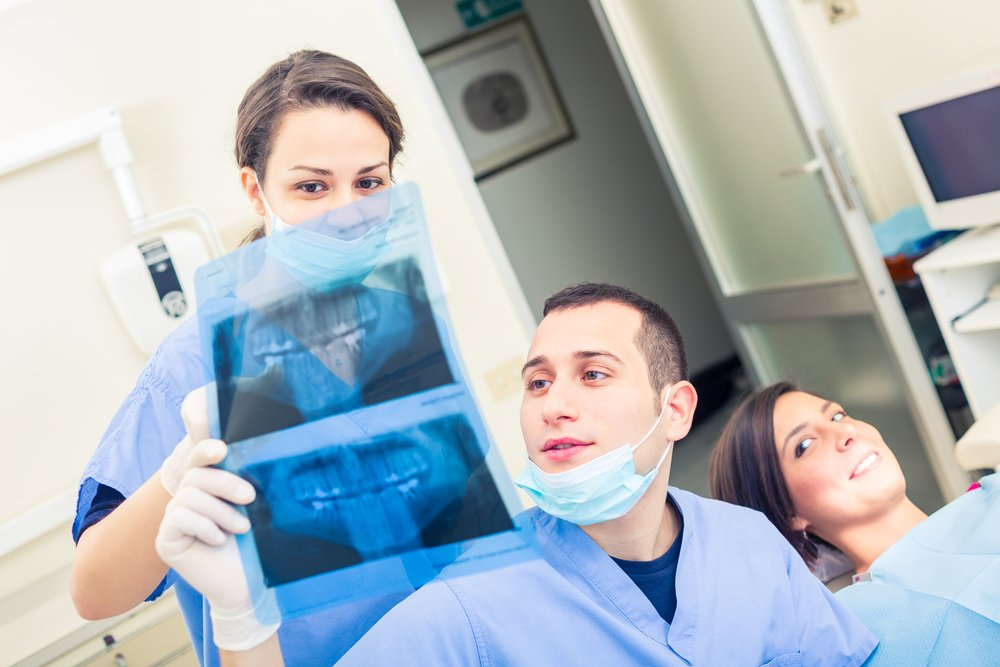 an essay on dental assisting In response to popular demand we are including a sample dental school essay note how the author reveals a lot about herself without overtly saying i am this and i am that.